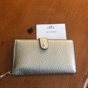 Silver/Pewter Coach wallet/wristlet